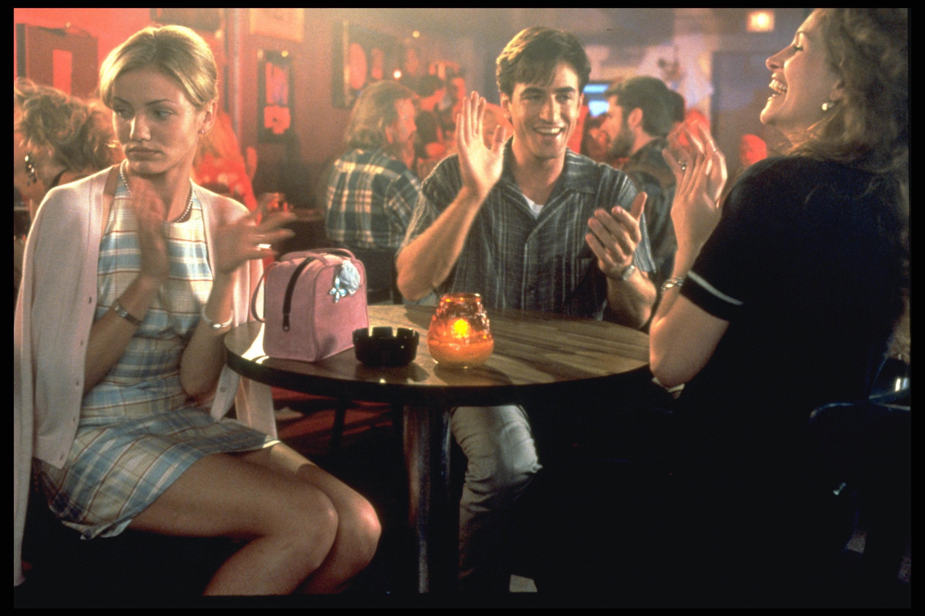 Cameron Diaz, Dermot Mulroney and Julia Roberts in a scene from