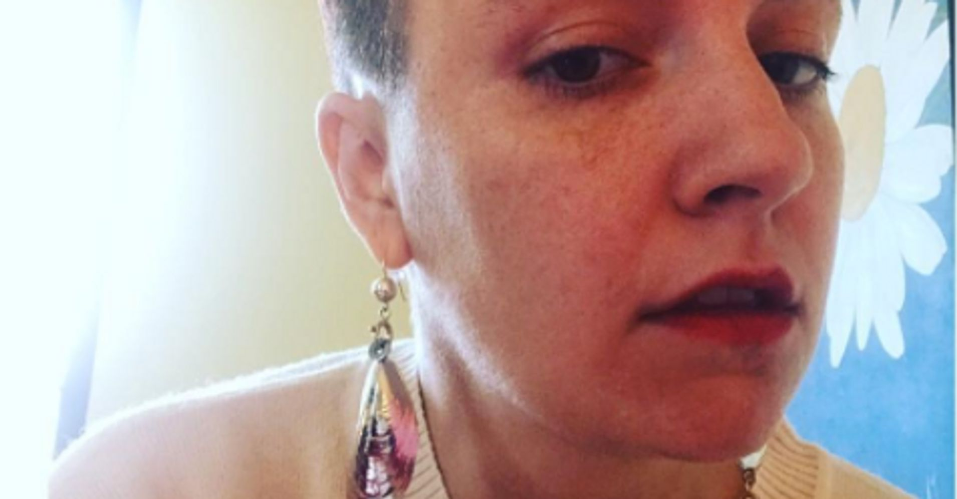 Lena Dunham Debuts A Drastic New Haircut With The Best Caption Ever