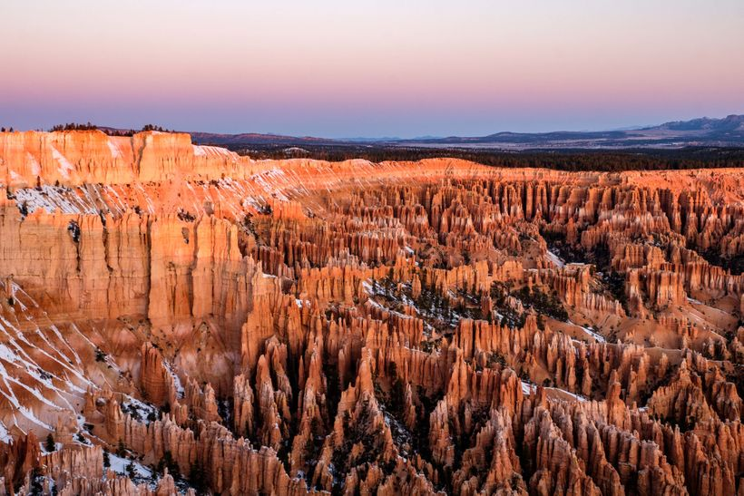 <em>The hoodoos as seen from Sunset Point under the glow of the falling sun.</em>