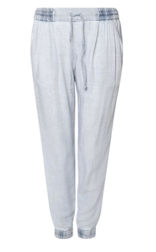 "<a rel=""nofollow"" href=""https://www.shoptiques.com/products/dex-tencel-joggers"" target=""_blank"">Shop these joggers here!</a>"