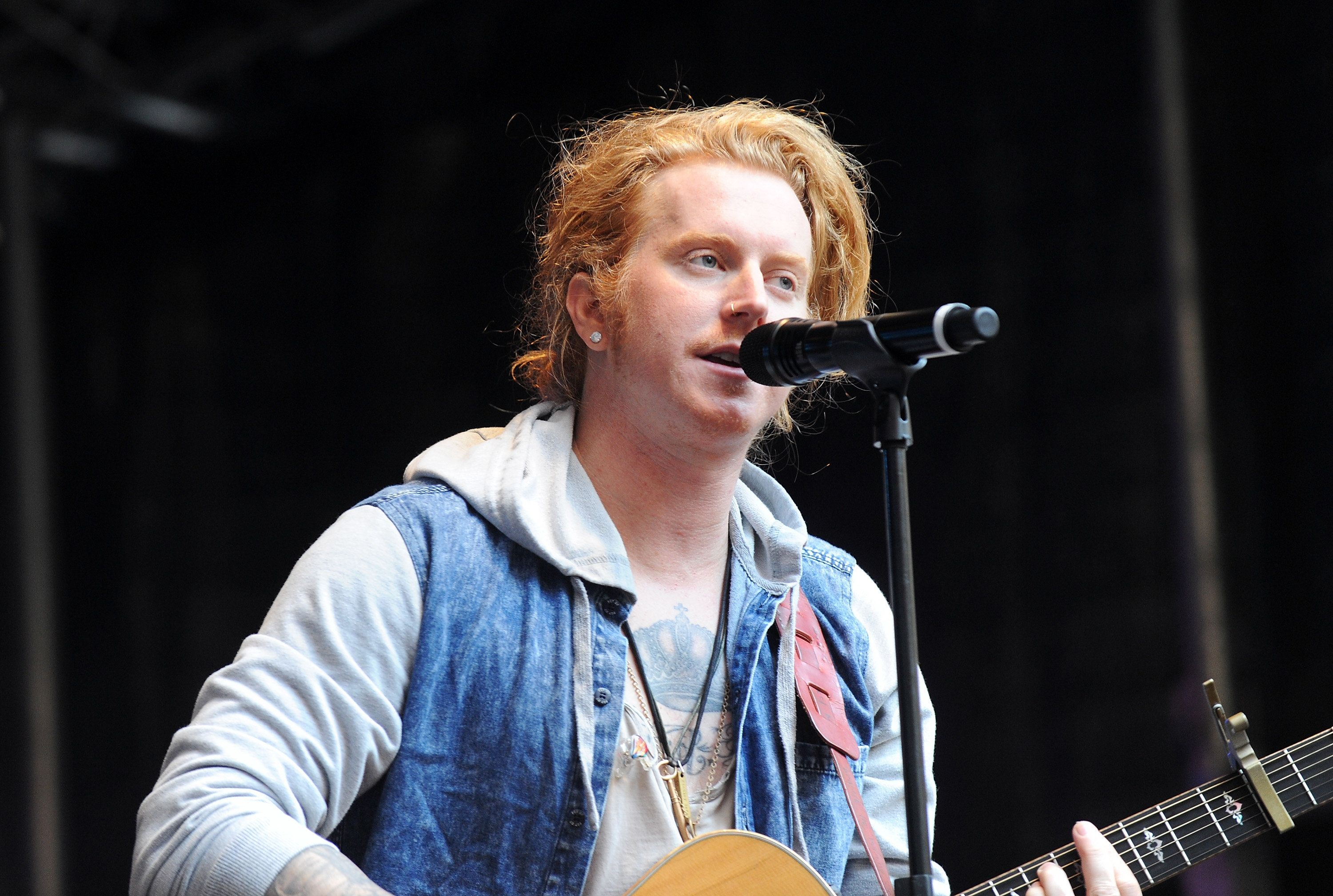NEW YORK, NY - JUNE 10:  Travis Clark of We The Kings performs during 'FOX & Friends' All American Concert Series outside of FOX Studios on June 10, 2016 in New York City.  (Photo by Desiree Navarro/WireImage)
