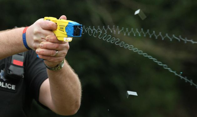 The Met has announced thatnearly 2,000 extra police officers in London are to be armed with tasers...