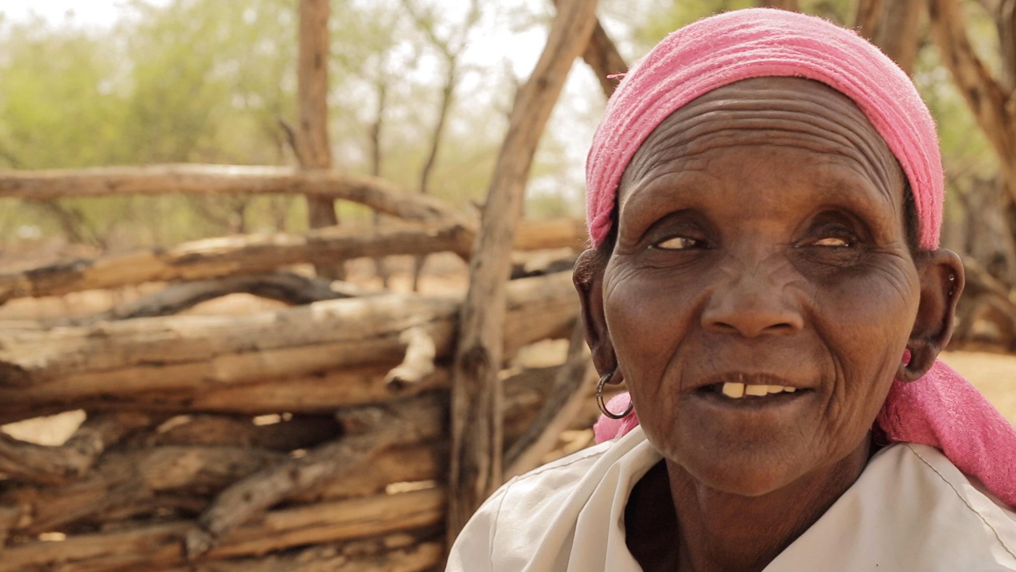 Selina Chepserum vive da agricultura de subsistência em uma região árida do Quência ocidental. Quando...