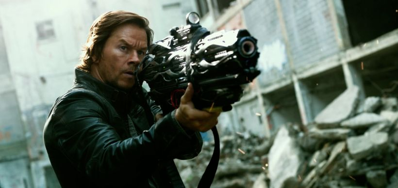 Mark Wahlberg shines as The Last Knight