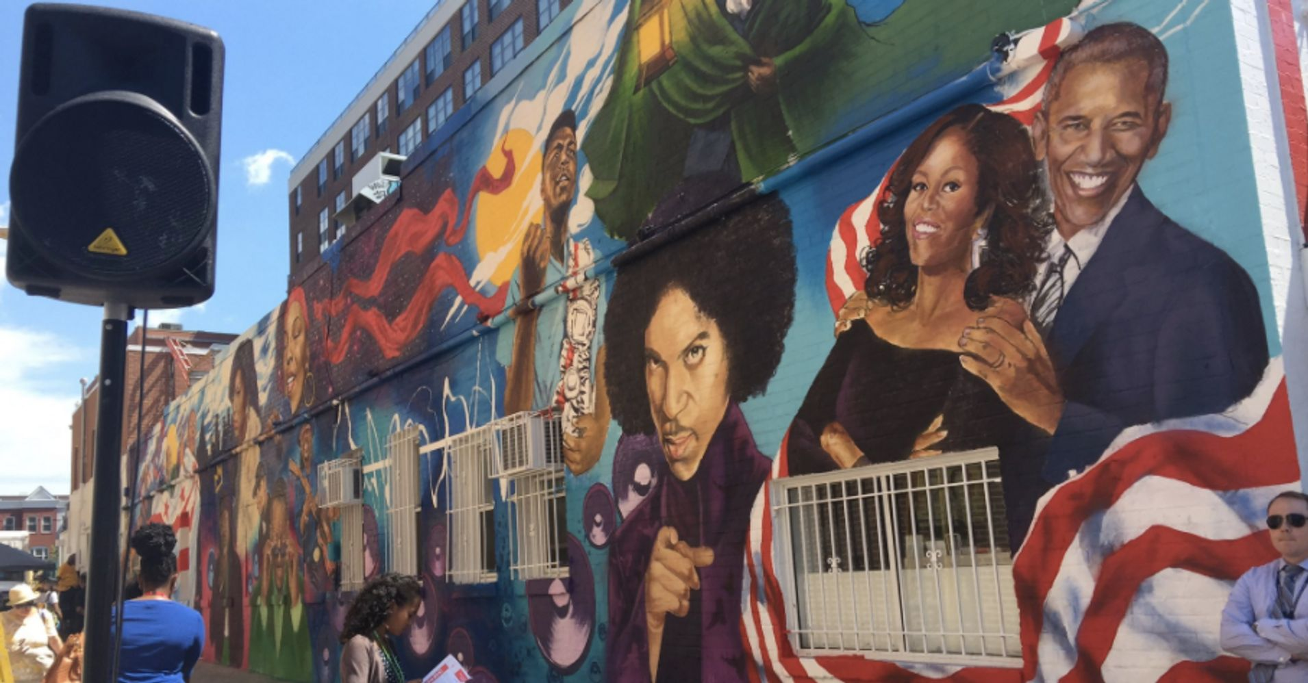 Bill cosby 39 s face on famous d c mural replaced with 15 for Chuck brown mural
