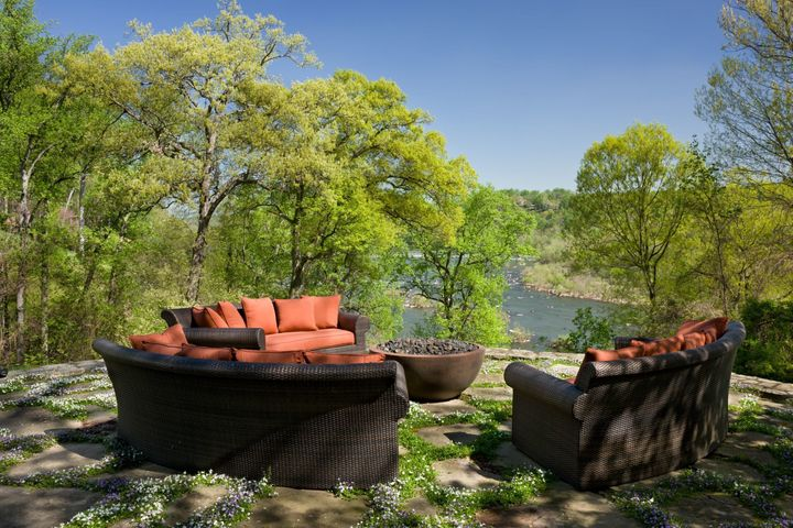 Outside, a patio comes with views of the Potomac River.