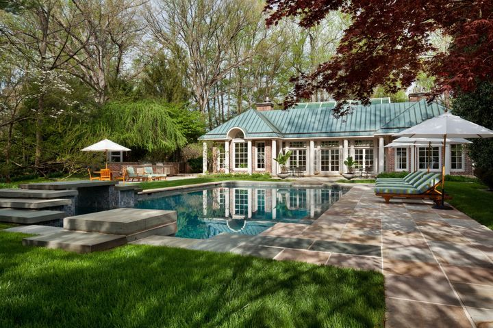 Indoor and outdoor pools make the most of Virginia's seasons.