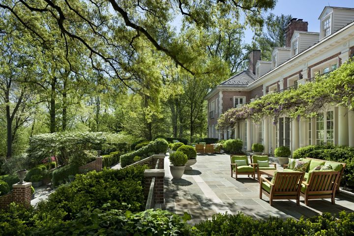 "The formal gardens provide a perfect spot for ""<a href=""http://www.sothebysrealty.com/eng/sales/detail/180-l-905-q36gq6/mclean-va-mclean-va-22101"" target=""_blank"">intimate al fresco dining.</a>""&nbsp;"