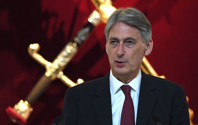 Philip Hammond Mocked For Brexit Moving House Analogy That 'Revealed How Rich He