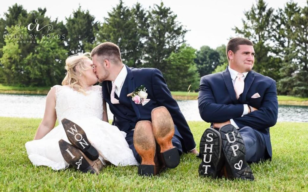 'Heartbroken' Best Man Gatecrashes Bride And Groom's Wedding Photos And It's Comedy