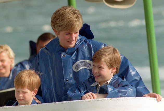 Princes Harry and William with their mother Diana in Niagara Falls in