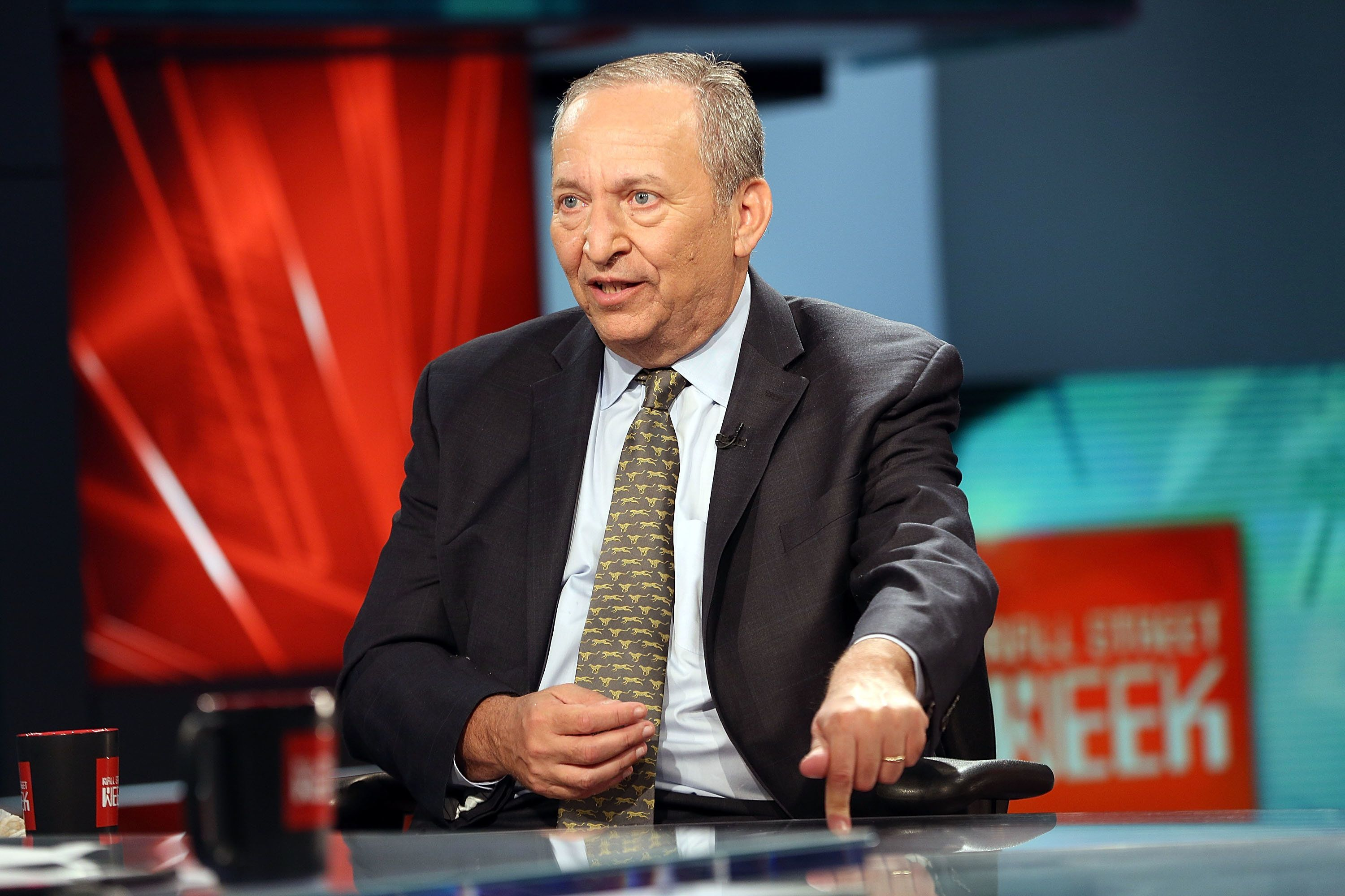 NEW YORK, NY - MAY 24:  Former Treasury Secretary & White House Economic Advisor Larry Summers is interviewed by FOX Business' Maria Bartiromo at FOX Studios on May 24, 2017 in New York City.  (Photo by Robin Marchant/Getty Images)