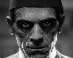 Boris Karloff, 1932 in The Mummy.