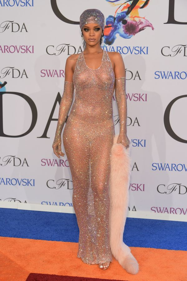 "Rih accepted her Fashion Icon award at the CFDA awards in <a href=""http://www.huffingtonpost.com/2014/06/02/rihanna-cfda-fash"
