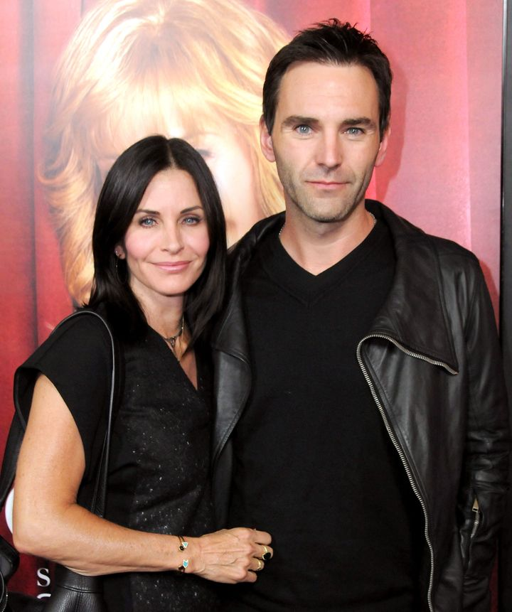 Cox is dating Irish musician Johnny McDaid.