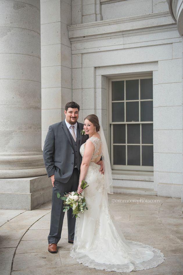 Jake y Andria Farthing, el día de su boda el 17 de