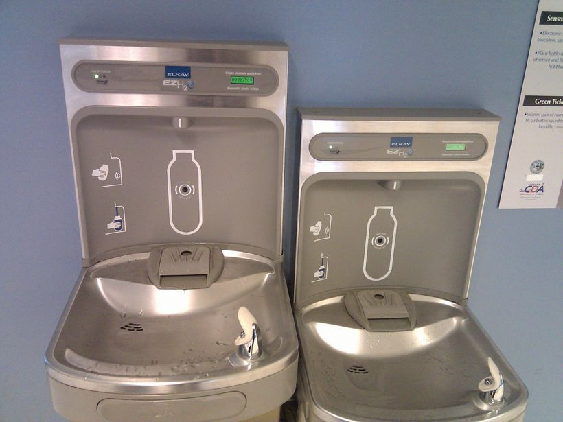 New water bottle filling stations offer high-tech options for travelers.