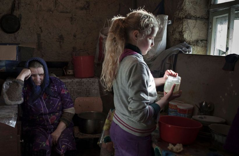 http://abcnews.go.com/International/photos/absence-children-moldova-37460596/image-pictured-lulia-lives-grandmother-mother-wo