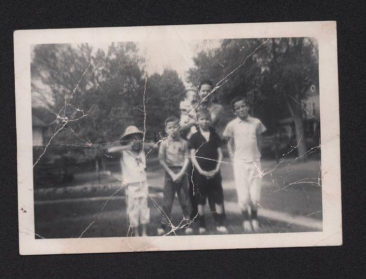<p>The Mothersbaugh family (Mark far right)</p>