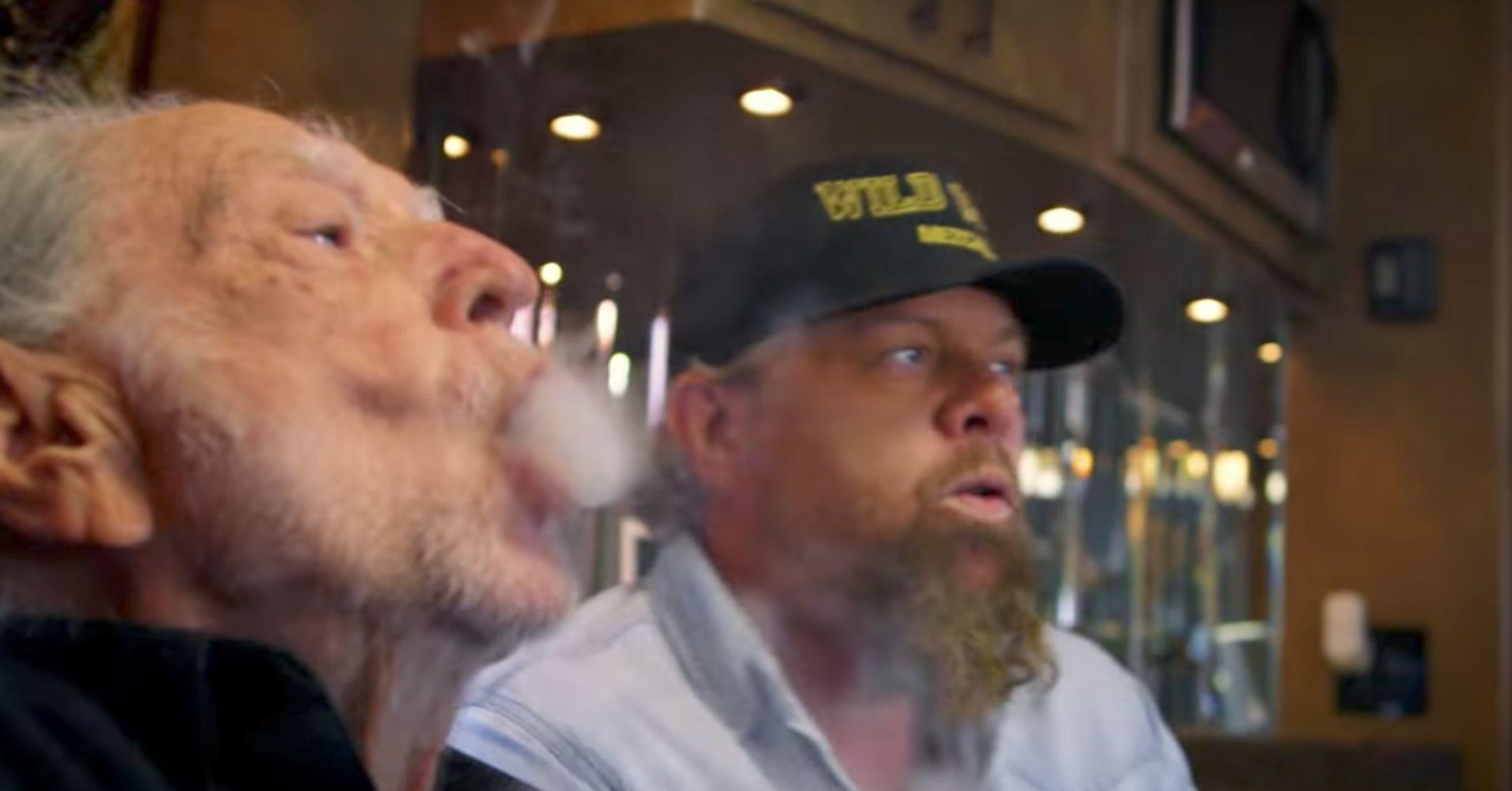 Celebrity who smoke weed