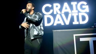 WANTAGH, NY - JUNE 03:  Craig David performs onstage at KTUphoria 2017 at Northwell Health at Jones Beach Theater on June 3, 2017 in Wantagh, New York.  (Photo by Paul Zimmerman/WireImage)