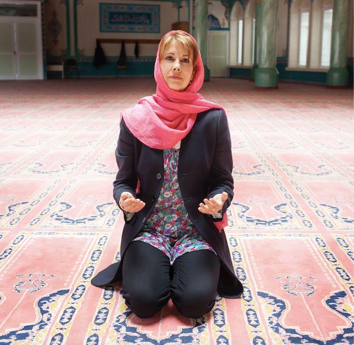 Like Goethe before her, Backer isa bridge between Europe and the Muslim