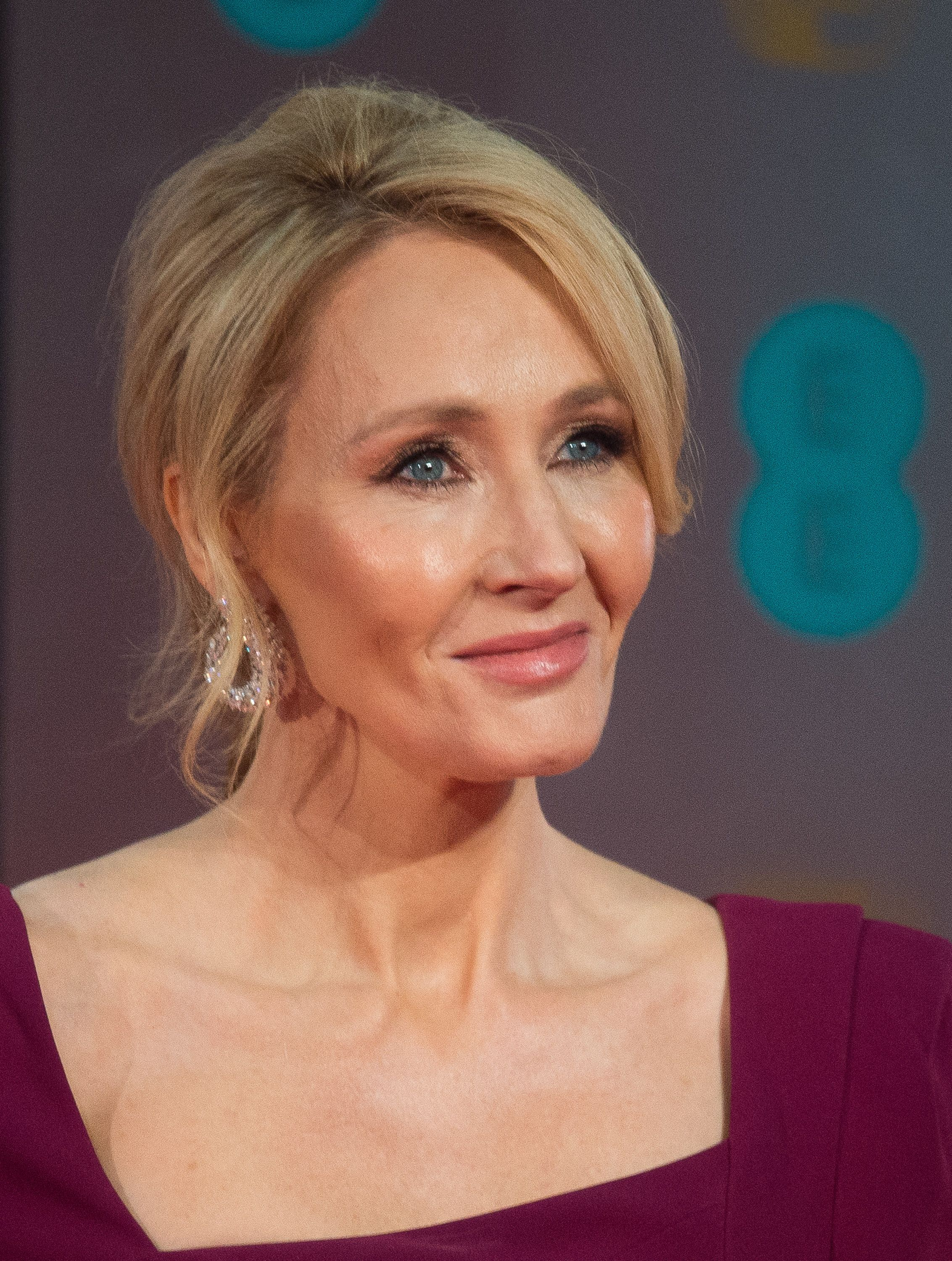 J.K. Rowling Sends Message To 'Harry Potter' Fans On 20th Anniversary Of 'Philosopher's Stone'