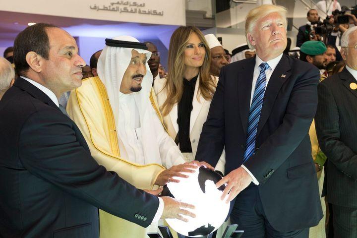 Trump stands alongsideKing Salman bin Abdulaziz Al Saud of Saudi  Arabia, and the President of Egypt, Abdel Fattah Al Sisi.