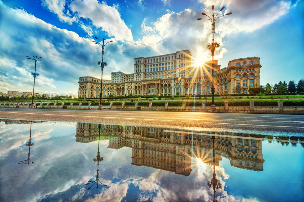 "Mercer Cost of Living rank: 181 of 209<br><br>Bucharest landed the coveted number-three spot on <a href=""https://ww"