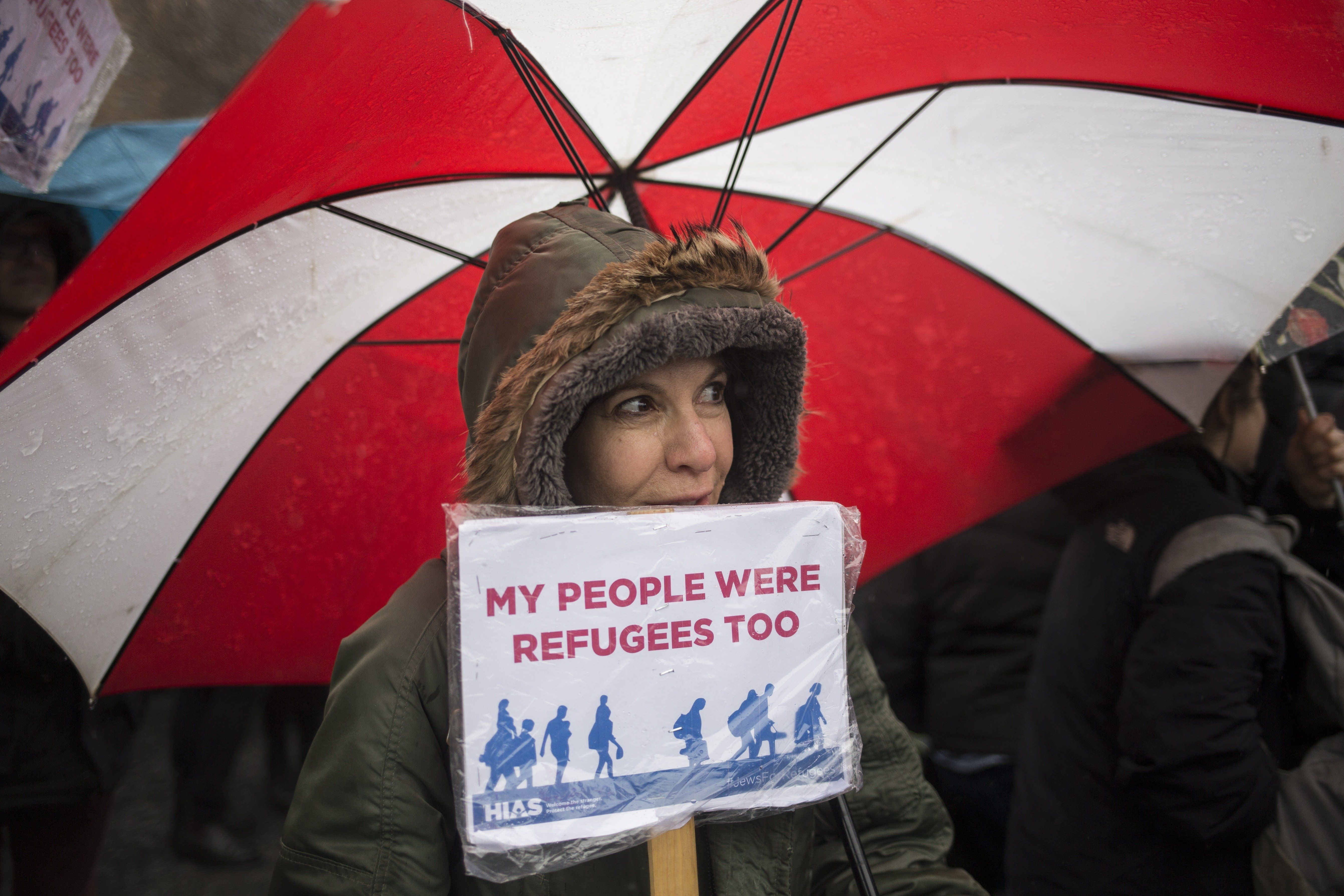 NEW YORK, NY - FEBRUARY 12: HIAS, the global Jewish nonprofit that protects refugees, holds a rally against President Trump's immigration ban at Battery Park on February 12, 2017 in New York City. New York City Mayor Bill de Blasio also spoke amongst hundreds of people who came to show support. (Photo by Alex Wroblewski/Getty Images)