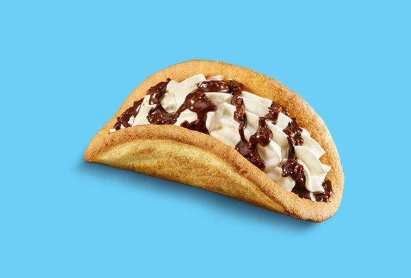 """This McDonald's version of the <a href=""""http://www.huffingtonpost.com/2015/10/02/chocolate-taco-dessert-recipes_n_6580290.htm"""