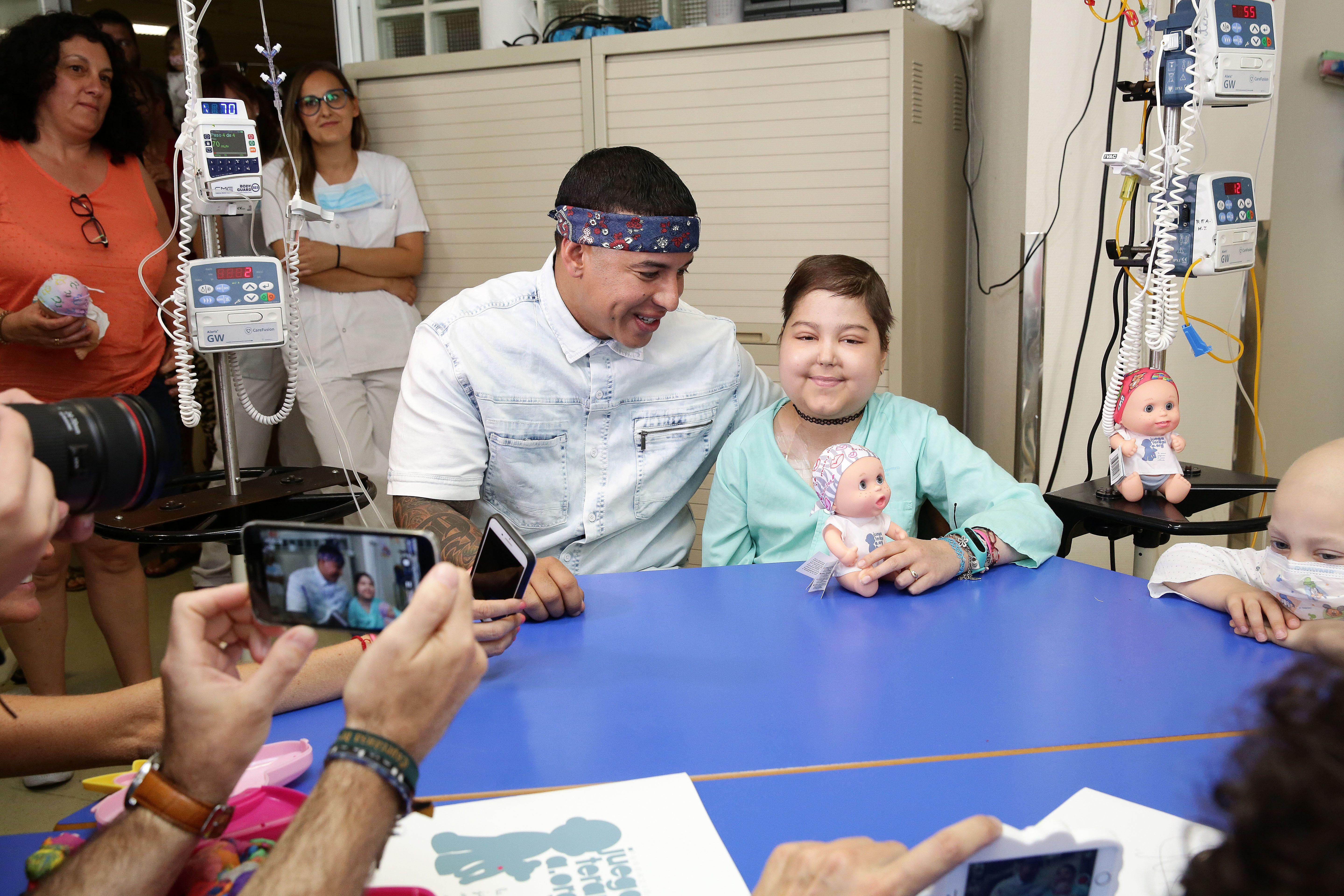 Daddy Yankee Singing 'Despacito' With Cancer Patient Needs No