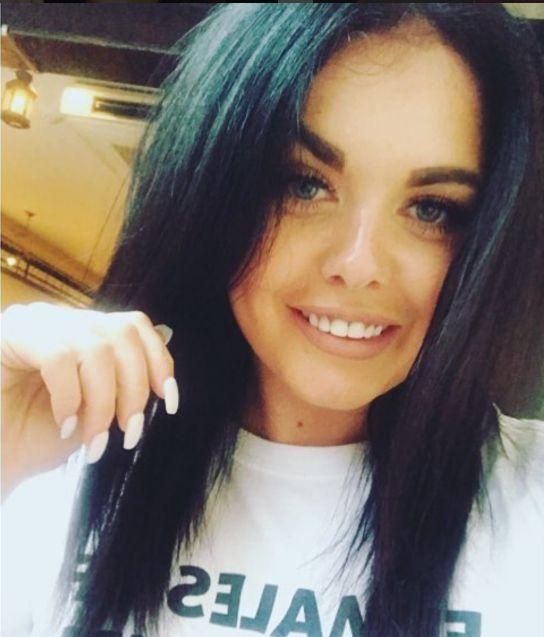 Scarlett Moffatt Debuts Choppy New