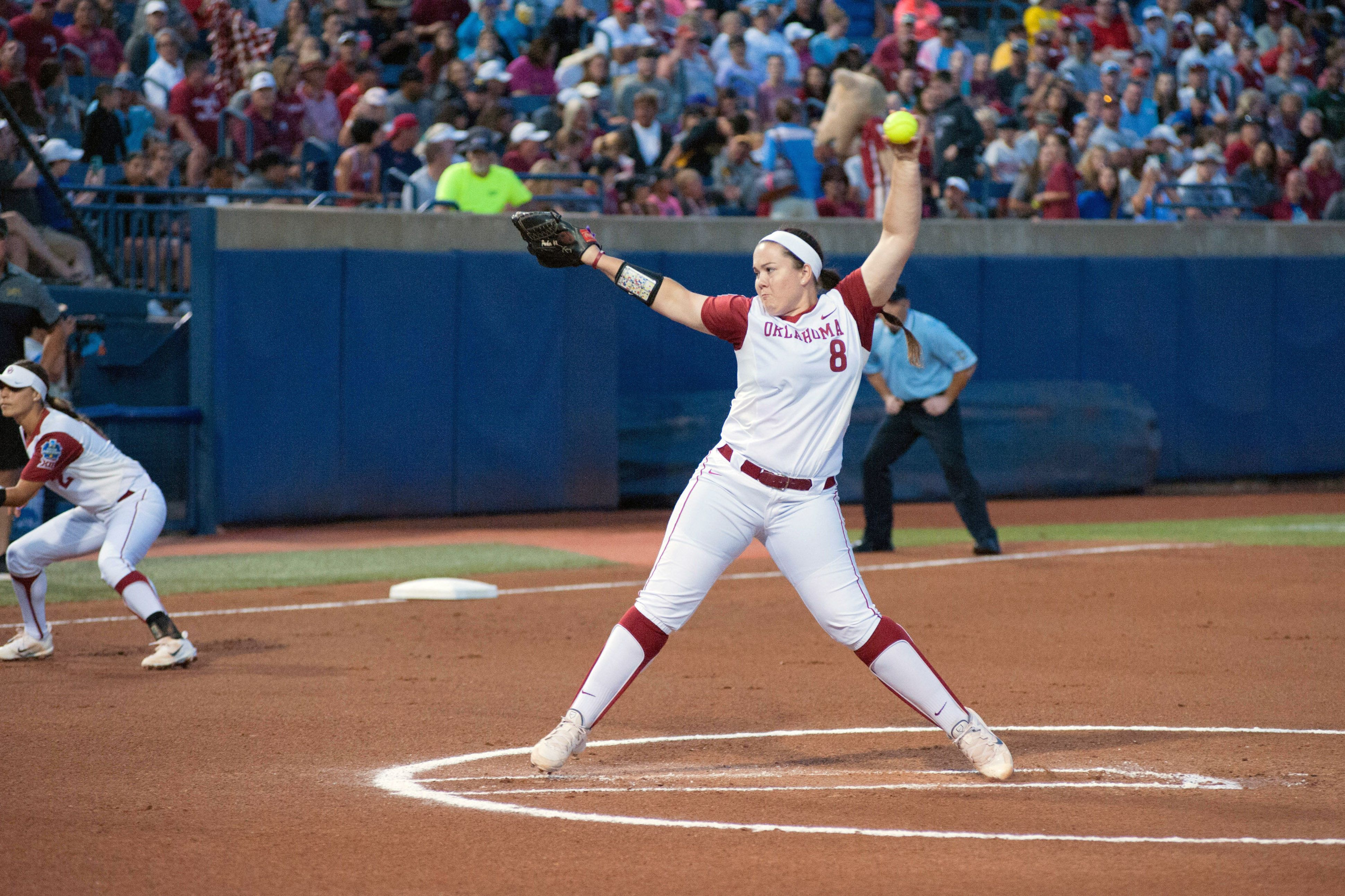 OKLAHOMA CITY, OK - JUNE 01:   Oklahoma University (8) pitcher Paige Parker pitching versus Baylor University on June 01, 2017, at the ASA Hall of Fame Stadium in Oklahoma City, OK. (Photo by Torrey Purvey/Icon Sportswire via Getty Images)