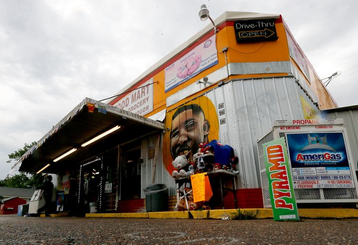 The Triple S Food Mart where Alton Sterling was fatally shot and killed by Baton Rouge Police officers.
