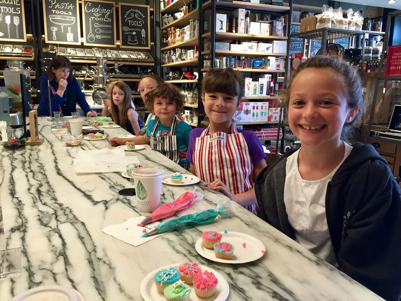 Free Cupcake Making Class at William Sonoma