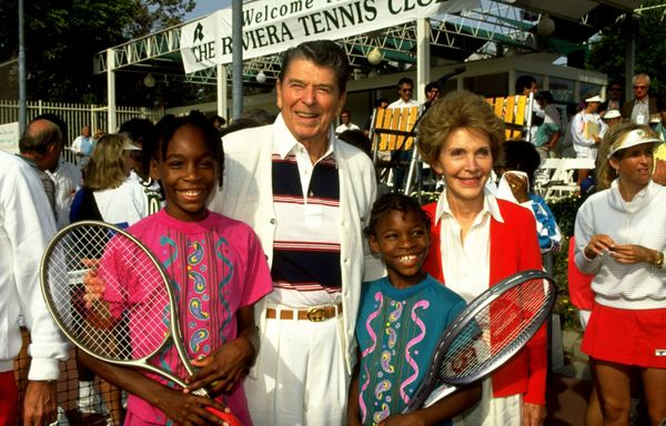 Venus and Serena Williams with President Ronald Reagan and his wife Nancy.