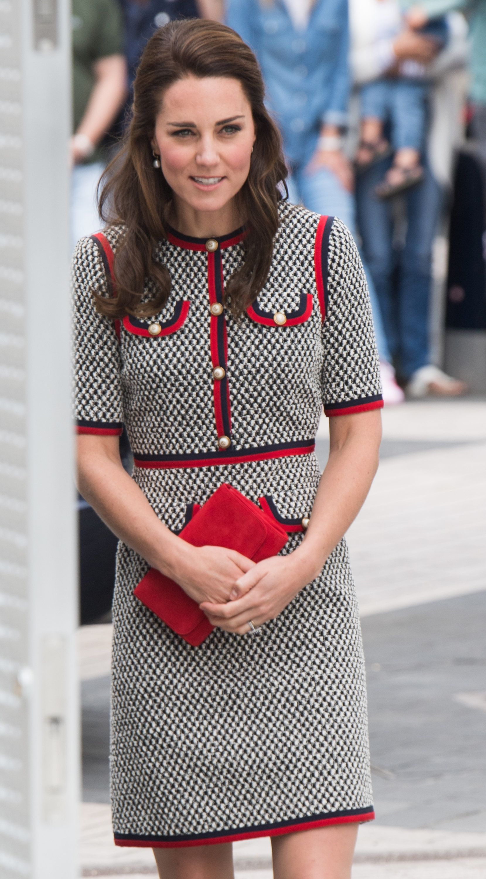 LONDON, ENGLAND - JUNE 29:  Catherine, Duchess of Cambridge makes an official visit to the new V&A exhibition road quarter at Victoria & Albert Museum on June 29, 2017 in London, England.  The V&A Exhibition Road Quarter was designed by British Architect Amanda Levete.  (Photo by Samir Hussein/Samir Hussein/WireImage)