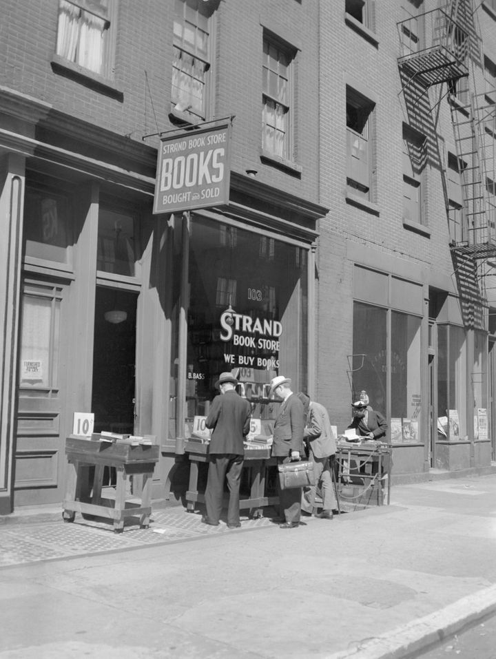 A 1938 shot of the Strand.