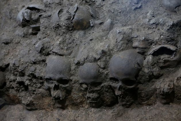 The skulls were found in the cylindrical edifice near Templo