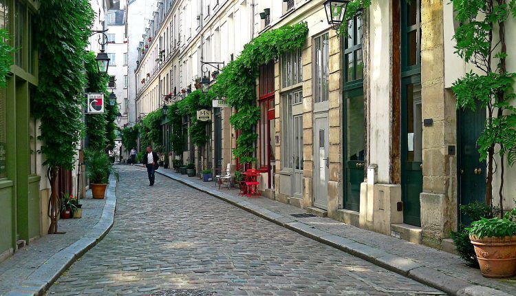 The narrow cobblestone streets of Paris offer a relaxing place to spend your afternoons.