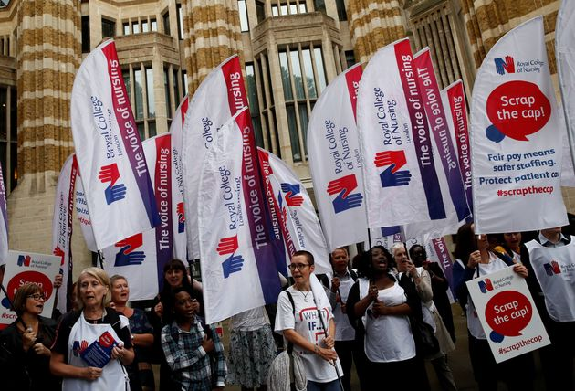 Nurses protesting about the 1% pay