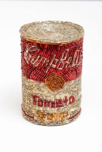 Liza Lou: Campbell's Soup Tomato, 1992, Papier maché and glass beads