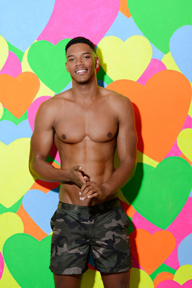 'Love Island' Dumps Four Contestants, As Two New Boys Join