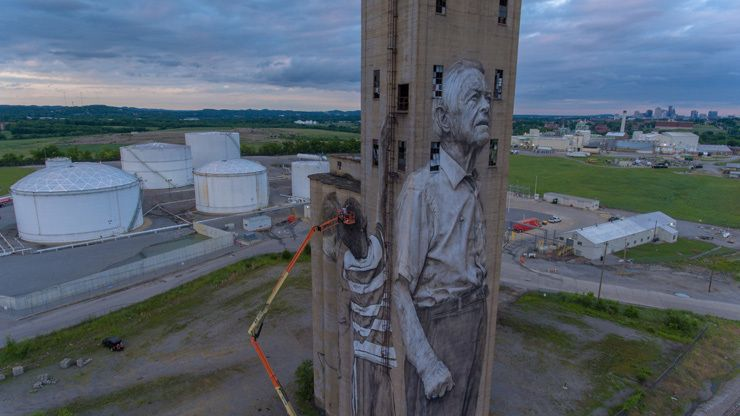 Guido Van Helten for Nashville Walls Project. Nashville, TN. June 2017. (photo © Eric E Johnson)