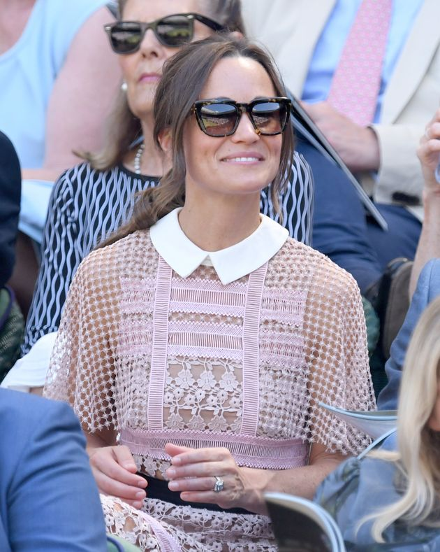 Pippa Middleton Takes The Nearly-Naked Trend To