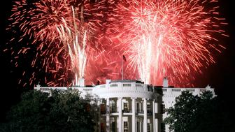 Fireworks explode over the White House during celebrations for the second inauguration of U.S. President Bush in Washington.  Fireworks explode over the White House during celebrations for the second inauguration of U.S. President George W. Bush in Washington, January 19, 2005. Washington is hosting three days of celebrations leading up to his inauguration for his second term January 20. REUTERS/Jason Reed