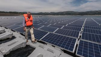 MONTALEGRE, PORTUGAL - JULY 06: Floating solar panels at Alto Rabagao Dam, site of solar panels for world's first combined hydro and floating photo voltaic project officially inaugurated on July 06, 2017 in Montalegre, Portugal. Energias de Portugal (EDP) has started a pilot operation with 2500 square meters of solar floating panels that are able to annually generate 300 MWh. Their production is combined with that of the dam. (Photo by Horacio Villalobos - Corbis/Corbis via Getty Images)