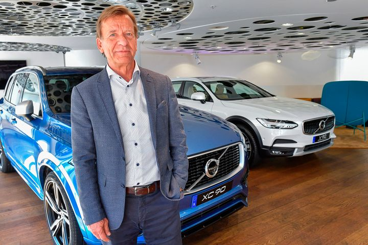 Volvo Cars CEO Håkan Samuelsson on Wednesday announced plans to make only electric or hybrid cars within two years