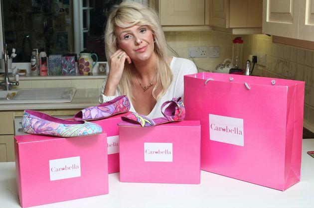 Caroline Stillman com sua coleção de